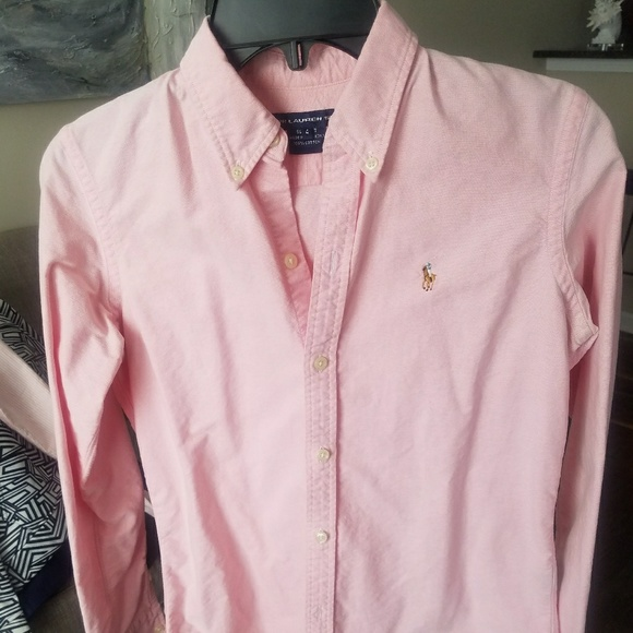 Ralph Lauren Women s Pink Oxford Button Down Shirt.  M 5a7b7f559a94551387235347 e009e82c1